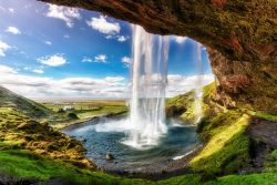 Kriokliai, Seljalandsfoss-Islandija