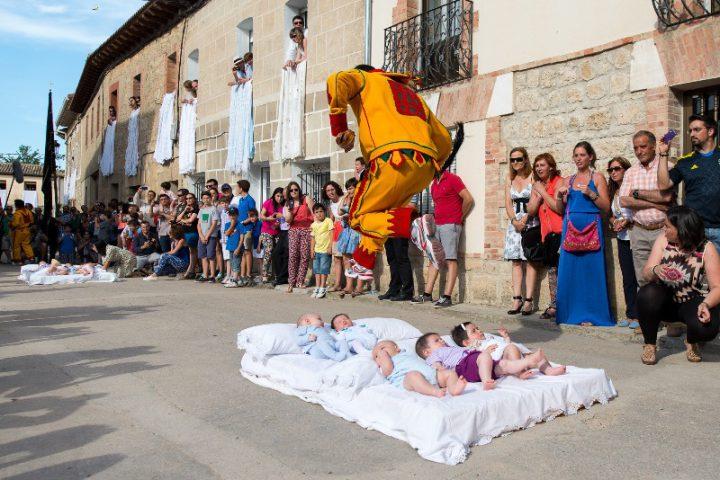 El Colacho šventė Ispanijoje