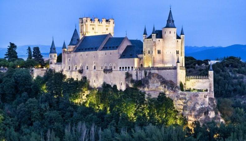 Segovijos pilis, Ispanija