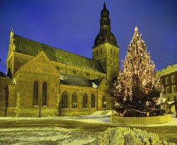 Kalėdinė mugė Latvijoje
