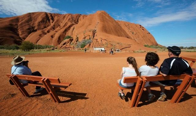 Šeimos kelionės į Australiją, Uluru